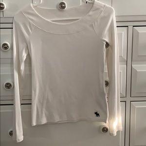 White kid long tee Abercrombie shirt size 11/12